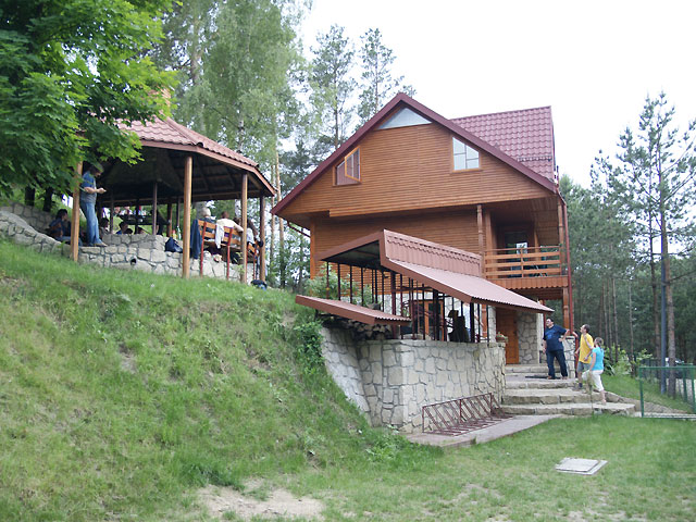 Dom Wypoczynkowy JODEŁKA w Majdanie Sop.