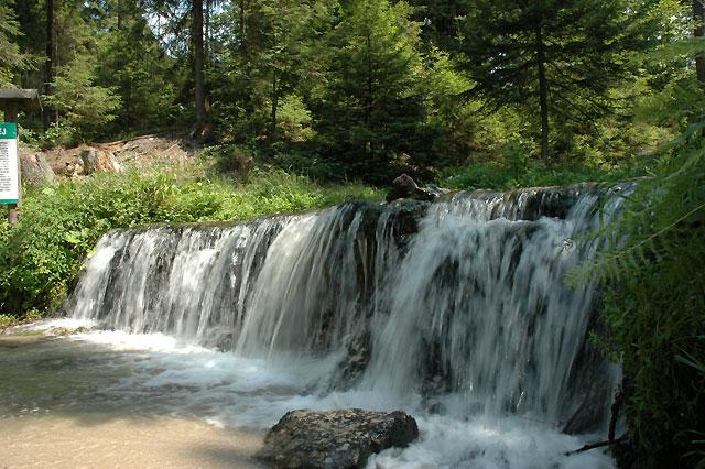 wodospad 1,5m na rz. Jeleń